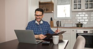 employer managing his remote working employees
